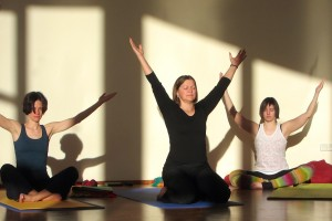 Kapalabhati breathing in Boston Yoga of Energy Flow 200-Hour Teacher Training